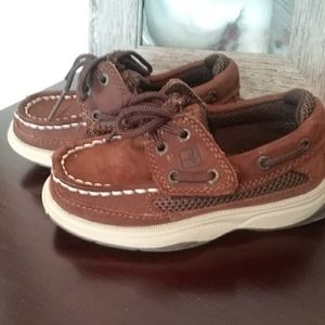 Kids sperry boat shoes